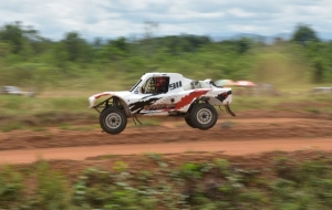 Si Manis Jumping